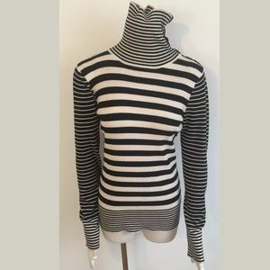 White House Black Market Ribbed Stretch Striped L